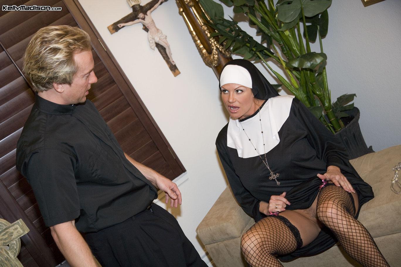Смотреть ролики монашки в хорошем качестве, Монашки порно видео онлайн - бесплатный просмотр 6 фотография